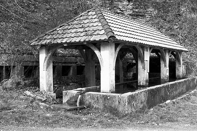 Fontaine, lavoir