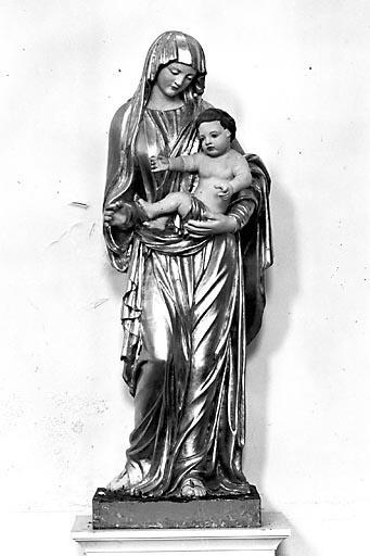 2 statues : saint Joseph et Vierge à l'Enfant