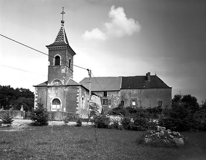 Commanderie d'hospitaliers de Saint-Jean de Jérusalem de Sales-Montseugny, actuellement église paroissiale de l'Assomption et maison