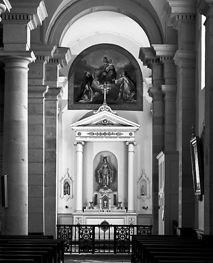 2 autels, gradins d'autel, 2 tabernacles, 2 retables (2 autels secondaires)