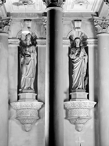 ensemble de 19 statues : saints et saintes