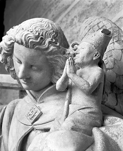 Statue : Saint Michel psychopompe terrassant le Dragon