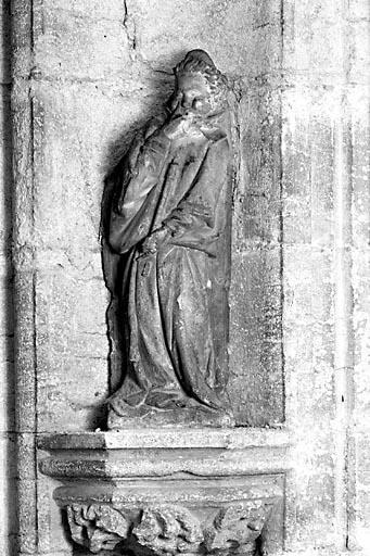 2 statues : anges buccinateurs