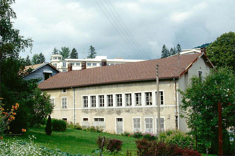 usine d'horlogerie Arsène Cretin-l'Ange, actuellement usine de matériel d'équipement industriel des Anciens Ets Charles Peccaud