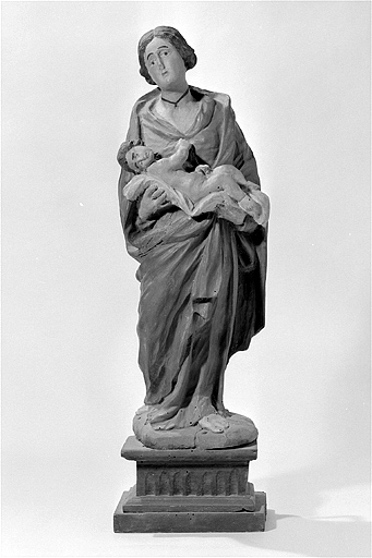 statue : Vierge à l'Enfant (n° 1)