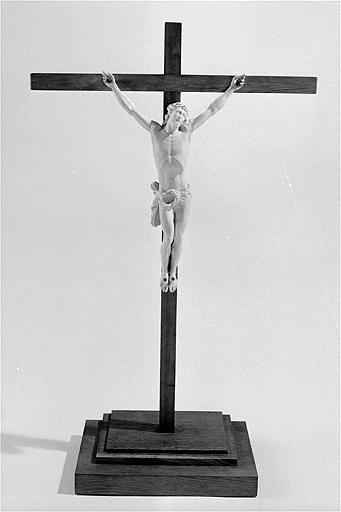 croix de sacristie (n° 1)