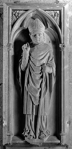 Dalle funéraire de monseigneur Antoine-Jacques de Chamon