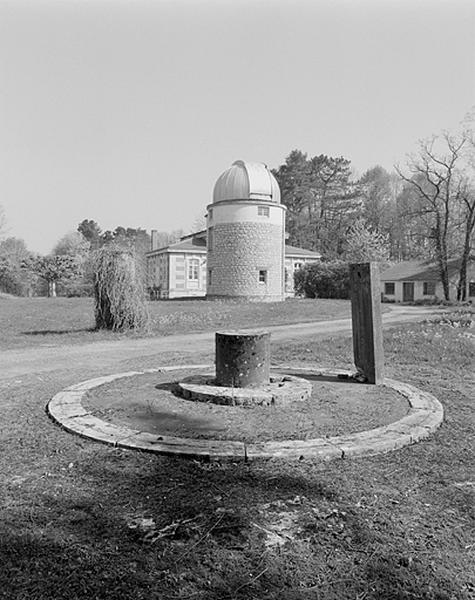 Lunette astronomique et instrument astrométrique (lunette altazimutale dite altazimut)