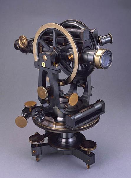 Instrument de mesure des angles pour lever des plans (théodolite de la Société des Lunetiers)