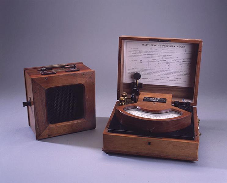 instrument de mesure de forces électromotrices (wattmètre Chauvin et Arnoux)