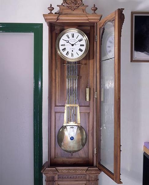 horloge de parquet
