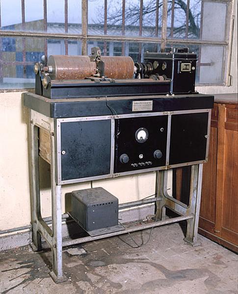Instrument de mesure du temps et d'enregistrement (1er chronographe Belin)