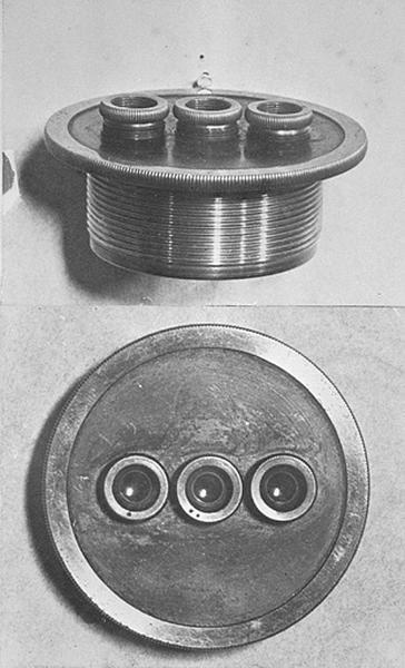 Instrument d'observation (boîte d'accessoires avec deux oculaires triples de Gruey)