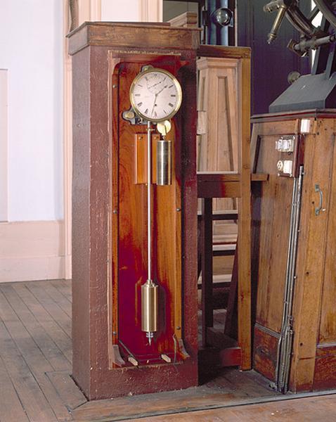 horloge (régulateur astronomique Fénon n° 30)