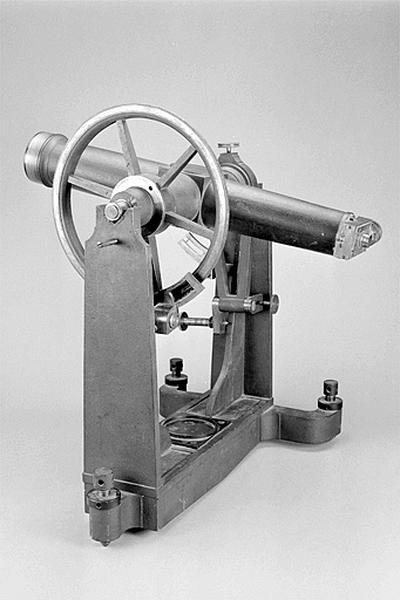 Lunette astronomique et instrument astrométrique (instrument des passages Gautier)