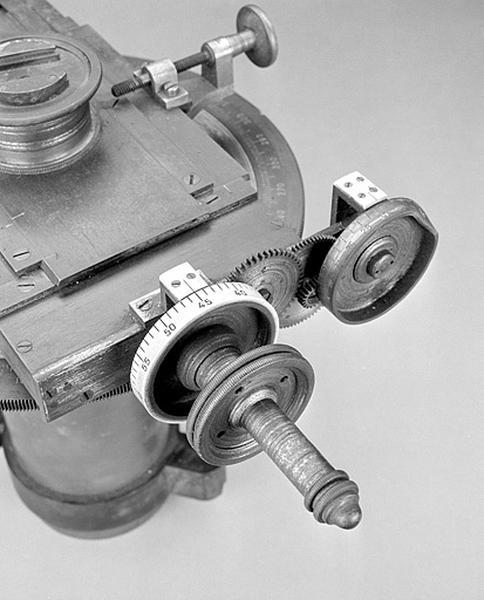 Instrument de mesure des longueurs (micromètre Gautier)