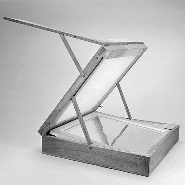 Instrument de dessin (décalquoir)