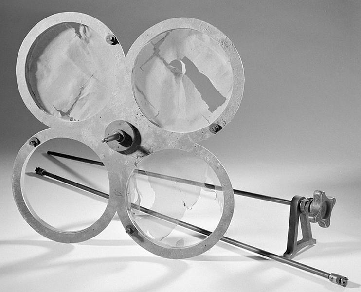 Ensemble de la lunette méridienne et de ses accessoires