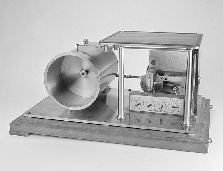 Instrument de calcul mécanique (planimètre Jules Richard)
