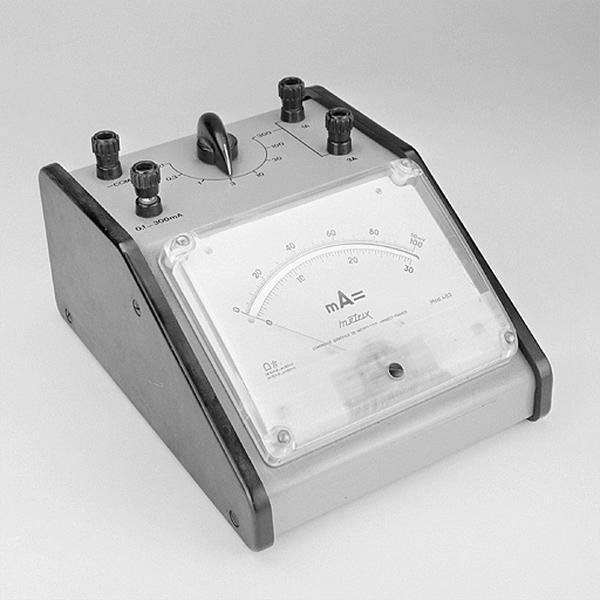 Instrument de mesure de forces électromotrices (ampèremètre Metrix)