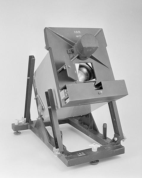 Instrument d'observation (obturateur électrique IGN)