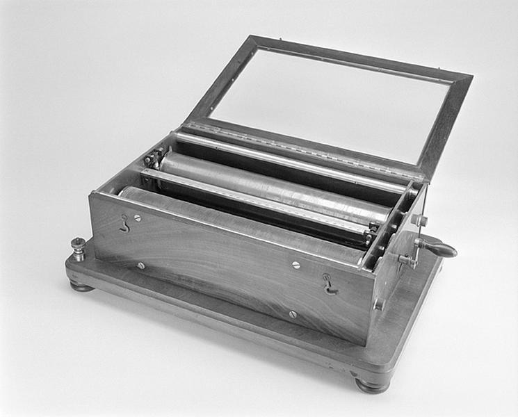 Instrument de préparation (potentiomètre Breguet pour sismographe ?)
