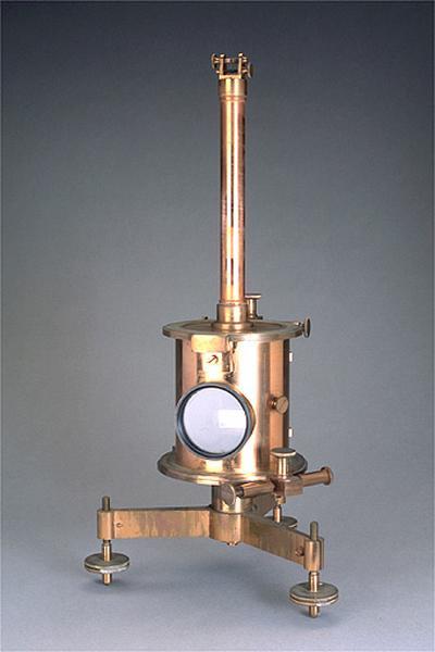 Instrument de mesure de la déclinaison magnétique (bifilaire de Mascart)