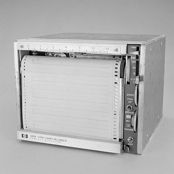 instrument d'enregistrement (enregistreur électronique Hewlett-Packard)