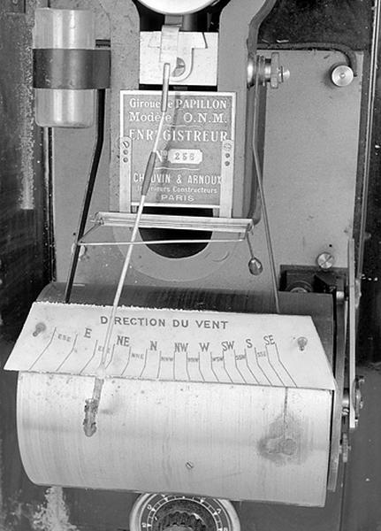 Instrument de mesure et d'enregistrement (girouette Papillon avec galvanomètre enregistreur Chauvin et Arnoux)