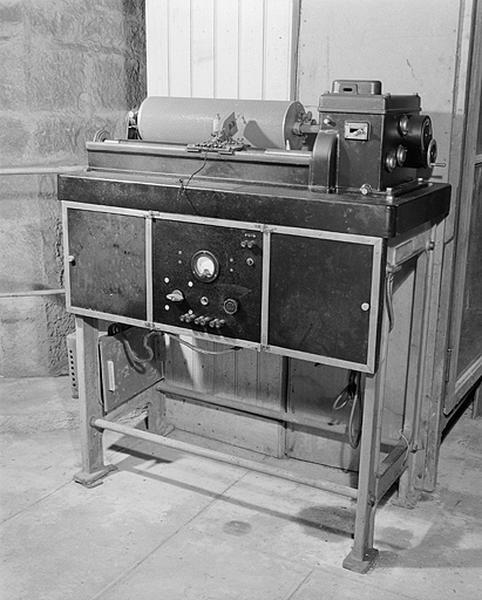 Instrument de mesure du temps et d'enregistrement (2e chronographe Belin)