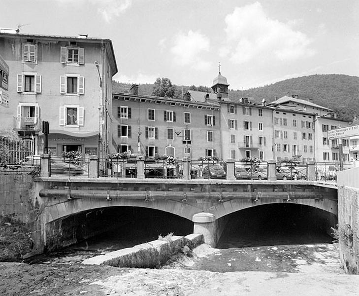 Pont routier dit le Pont neuf