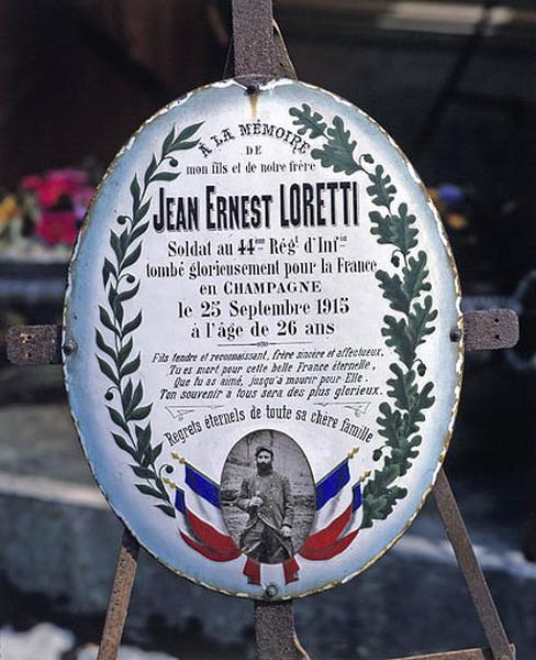 2 plaques funéraires de Jean-Ernest Loretti et Charles Prévidoli