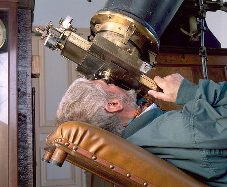 Meuble professionnel (siège d'astronome)