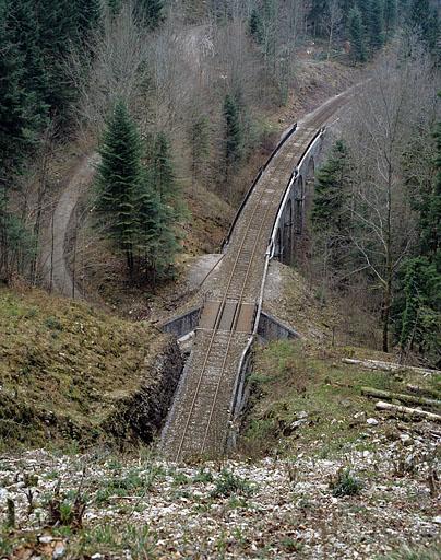Viaduc de Malproche, pont ferroviaire et tunnel dit souterrain de Malproche (voie ferrée Andelot - La Cluse)