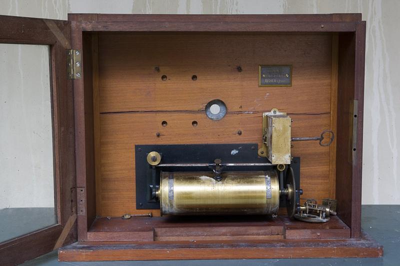 Thermomètre et instrument d'enregistrement (thermomètre enregistreur Redier)