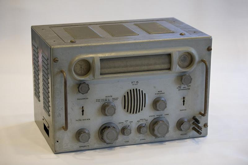 Générateur d'ondes sonores (récepteur radioélectrique pour signaux horaires Téléco RT 15)