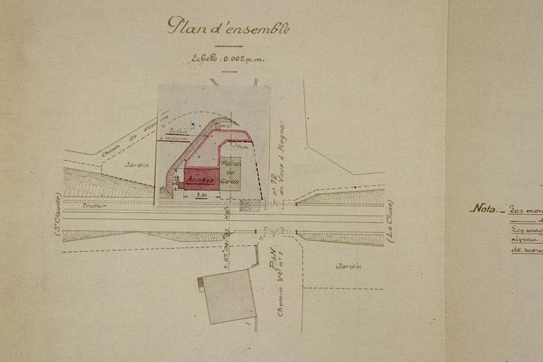Maison de garde-barrière et passage à niveau n° 72, puis halte puis gare dite station de Vaux-lès-Saint-Claude (voie ferrée Andelot - La Cluse)