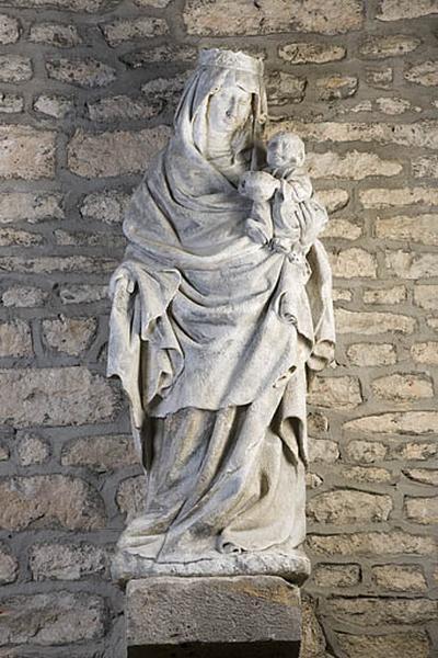Statue : Vierge à l'Enfant (N°2)