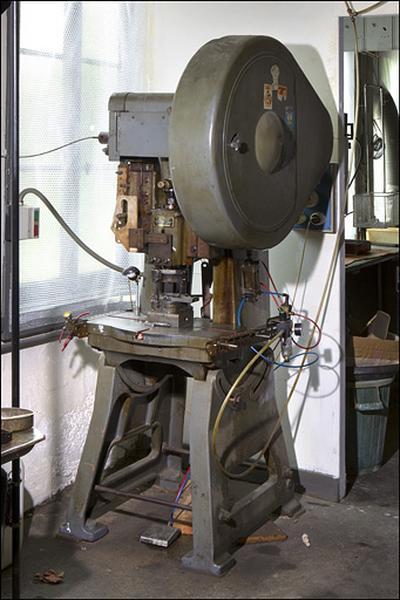 Machine à estamper (presse à excentrique des Ets de Présalé)