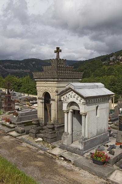 Chapelle funéraire des familles Mandrillon et Jules Girod
