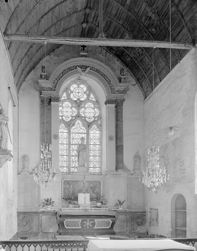Retable architecturé du maître-autel