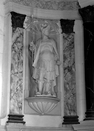 Statue saint Maurice du retable du maître-autel