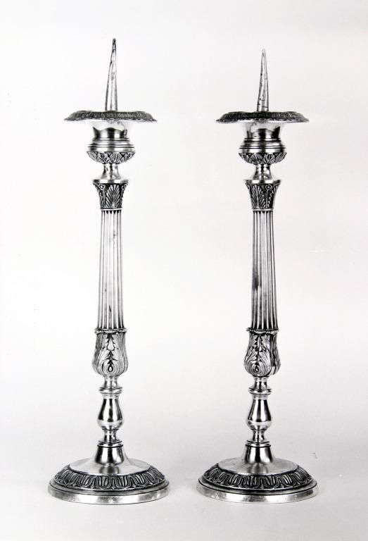 Ensemble de 2 chandeliers d'autel (n° 4)