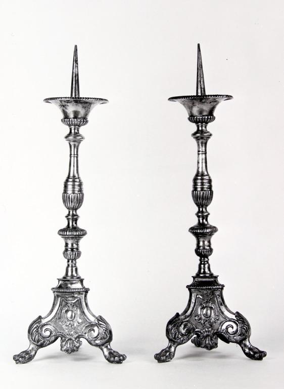 Ensemble de 2 chandeliers d'autel (n° 5)