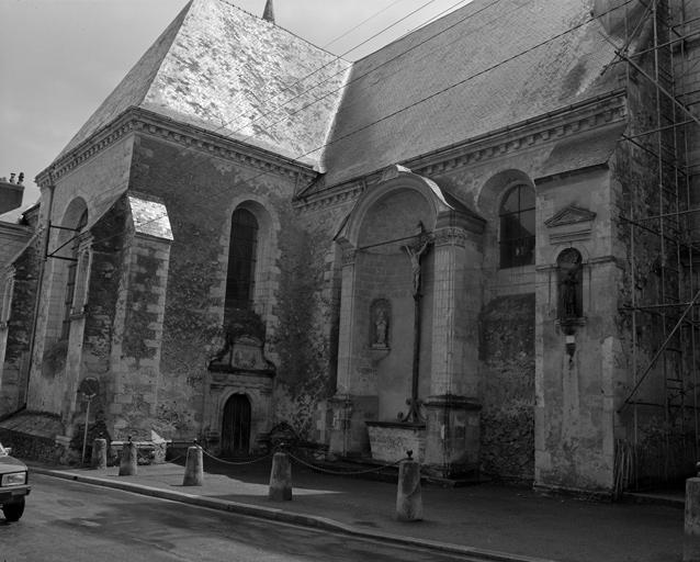 Eglise paroissiale Saint-Pierre, Saint-Laurent