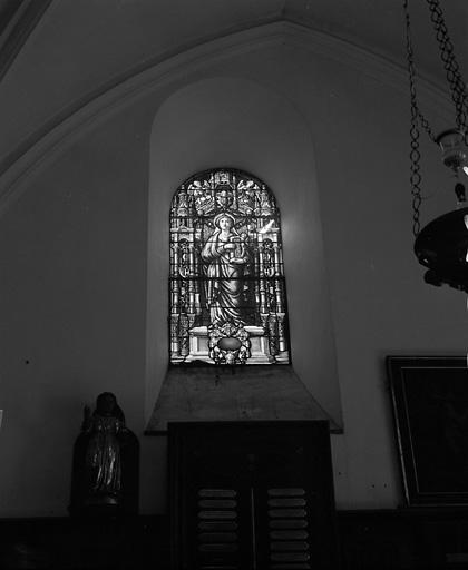 3 verrières figurées : sainte Cécile, Education de la Vierge