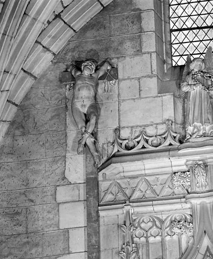 2 statues (en pendant) : les larrons