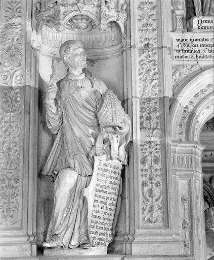 2 statues (en pendant) : saint Timothée, saint Denis l'Aréopagite