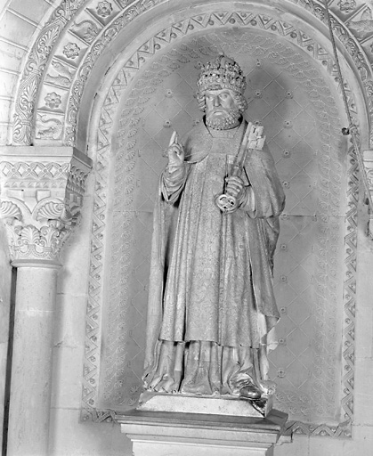 Statue (grandeur nature) : saint Pierre
