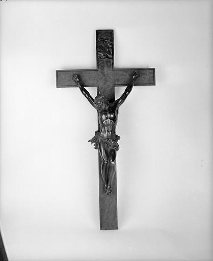 croix : crucifix